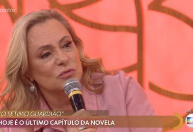 A atriz Elizabeth Savalla foi ao Encontro Com Fátima Bernardes divulgar O Sétimo Guardião da Globo