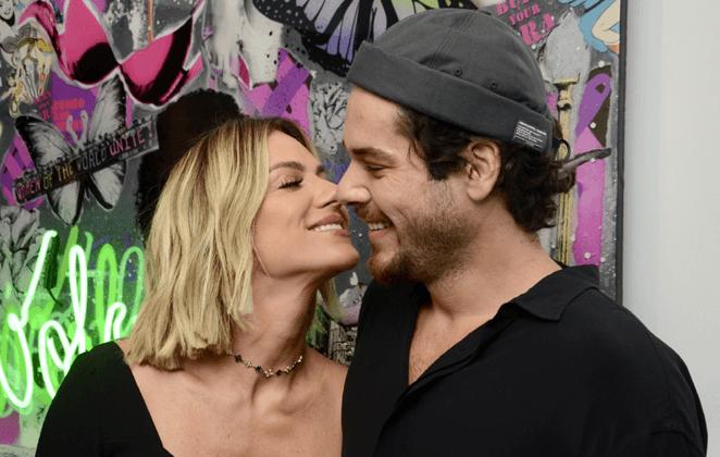 Polêmica entre Bruna Marquezine e irmão de Giovanna Ewbank vem à tona após atriz prestigiar exposição de Gian Luca Ewbank Foto: Reprodução