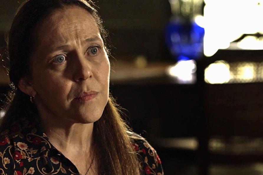 Judith é interpretada por Isabel Garcia e cometerá suicídio em O Sétimo Guardião