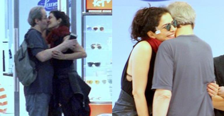 Letícia Sabatella da Globo foi flagrada dando um beijo na boca de Daniel Dantas (Foto AgNews)