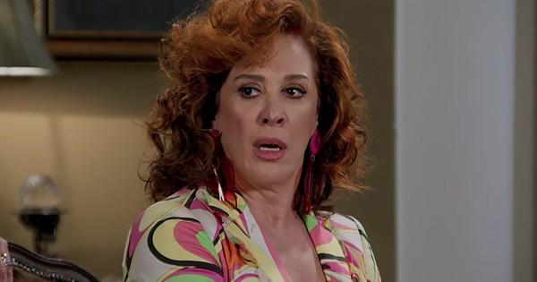 Lidiane (Cláudia Raia) na novela das sete Verão 90 da Globo(Imagens: site GShow)