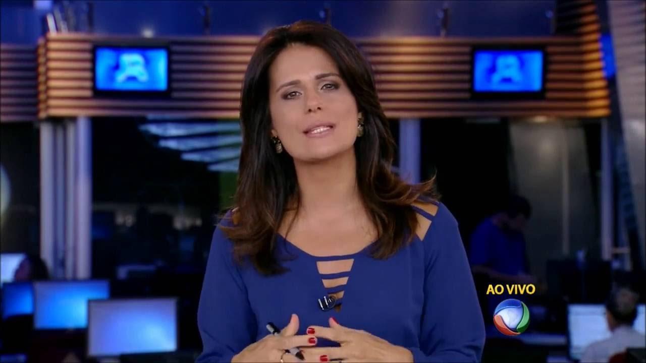 Adriana Araújo pode ser contratada pela CNN Brasil (Foto: Reprodução/Record)