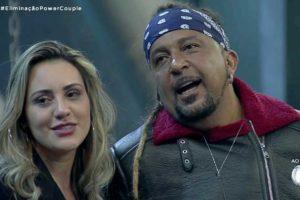 Marcelo Tchakabum e Elaine Costa deixam o Power Couple da Record (Foto: Reprodução)