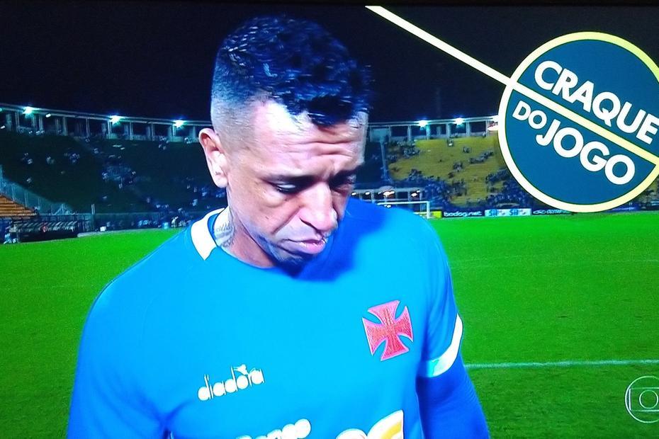 Sidão recebeu prêmio de Craque do Jogo da Globo e Casagrande não gostou nada disso (Foto: Reprodução)