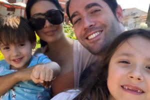 Simaria, o marido, Vicente, e os filhos do casal (Foto: Reprodução)