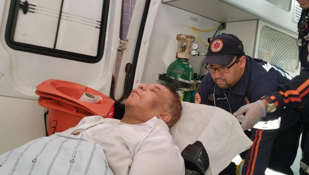 Agnaldo Timóteo encontra-se em estado grave, em coma induzido há dois dias (Foto: Reprodução)