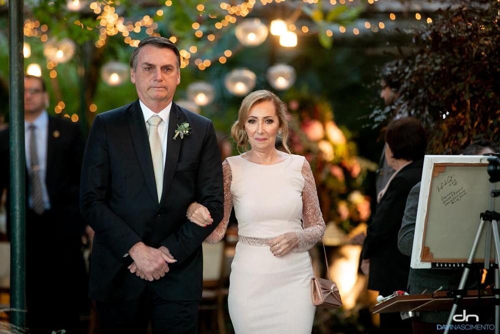 O presidente Jair Bolsonaro no casamento do filho 03 (Foto: Divulgação/Davi Nascimento