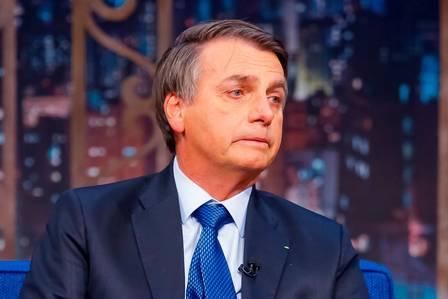 Bolsonaro se emociona no The Noite com Danilo Gentili (Foto: Gabriel Cardoso/SBT)
