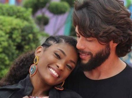 Atriz da Globo Erika Januza e Victor Evangelista(Foto: Reprodução)