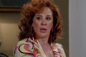 Lidiane (Claudia Raia) em cena na novela Verão 90, da Globo. (Foto: Reprodução)