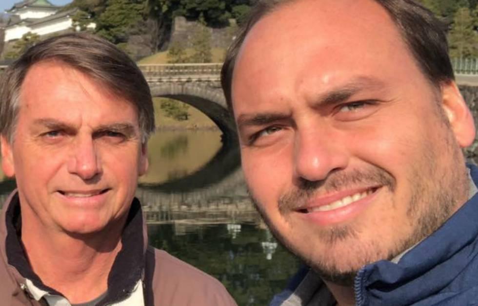 O vereador Carlos Bolsonaro e o presidente Jair Bolsonaro (Reprodução: Instagram)