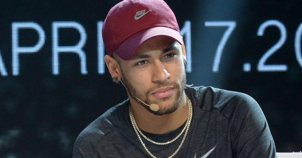 Neymar é jogador do PSG