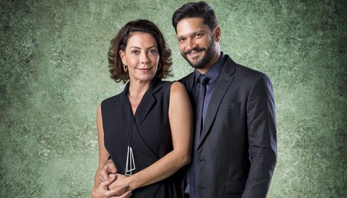 Fabiula Nascimento (Nana) e Armando Babaioff (Diogo) em Bom Sucesso; vilão vai armar para roubar fortuna de Alberto (Antonio Fagundes) (Foto: Globo/João Cotta)