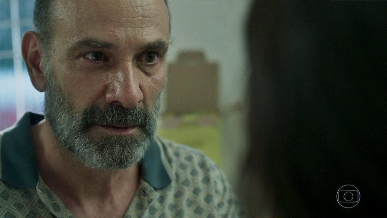 Elias (Marco Ricca) em cena de Órfãos da Terra da Globo