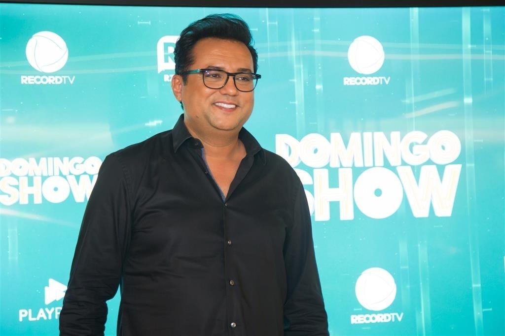 O famoso apresentador da Record, Geraldo Luis em uma coletiva de imprensa (Foto: AgNews)