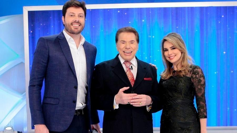 Danilo Gentili, Silvio Santos e Rachel Sheherazade (Foto: Lourival Ribeiro/SBT)