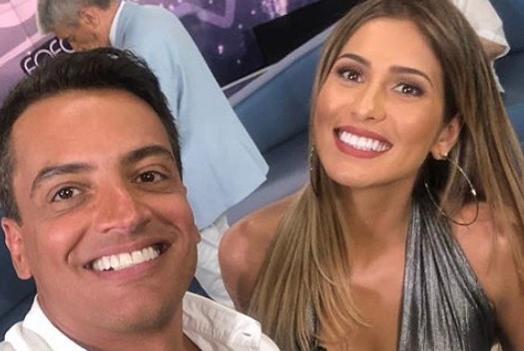 Leo Dias e Lívia Andrade são apresentadores do Fofocalizando, do SBT (Foto: Reprodução/Instagram) silvio santos