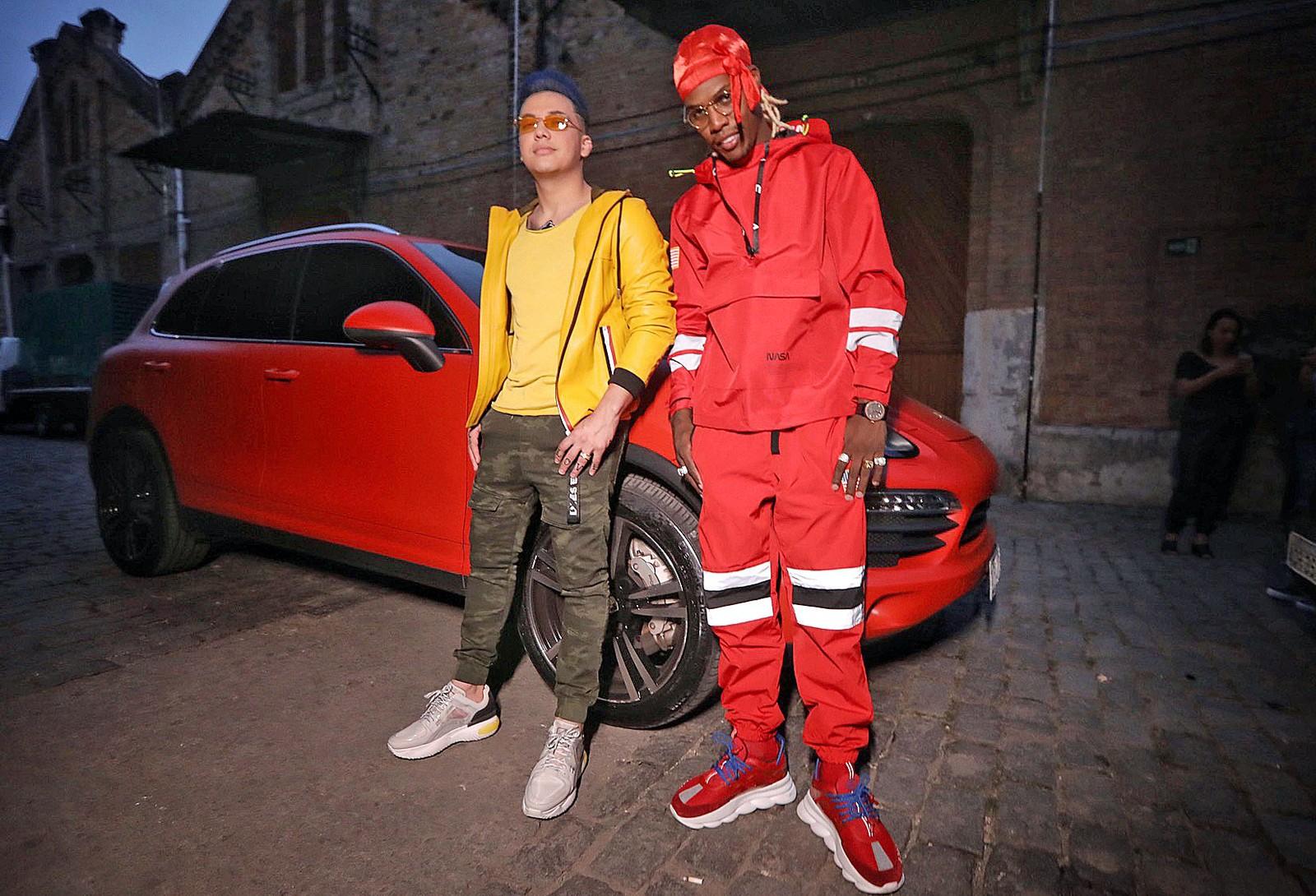 Wesley Safadão e MC Kekel em gravação de clipe de 'Desencana'  (Foto: site G1, Ederson Lima/Divulgação)