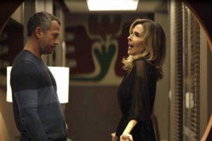 Agno e Lyris em cena da novela das 21h, A Dona do Pedaço (Foto: Reprodução)