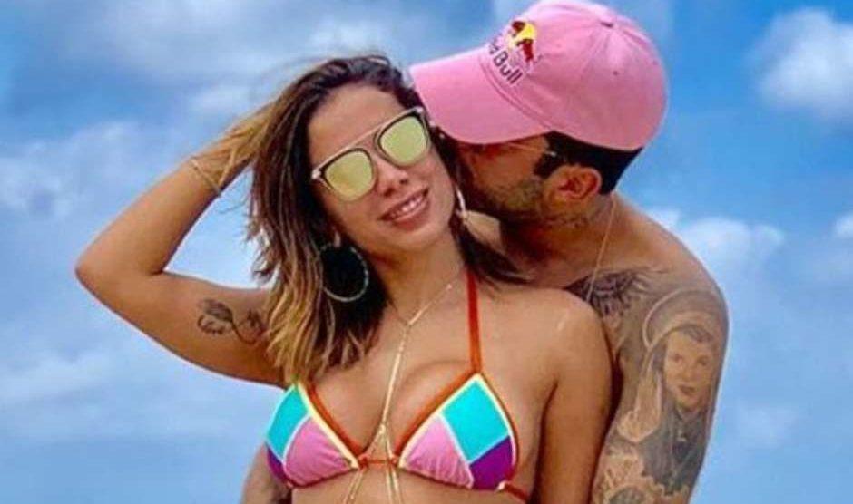 A cantora Anitta flagrou o ex-marido da atriz da Globo, Luana Piovani, Pedro Scooby em momento delicado na cama (Foto Reprodução/Instagram)
