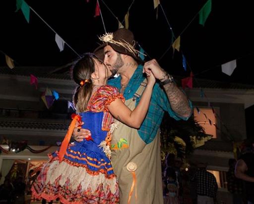 Anitta e Pedro Scooby em Arraial da Anitta (Foto: Reprodução/ Instagram)