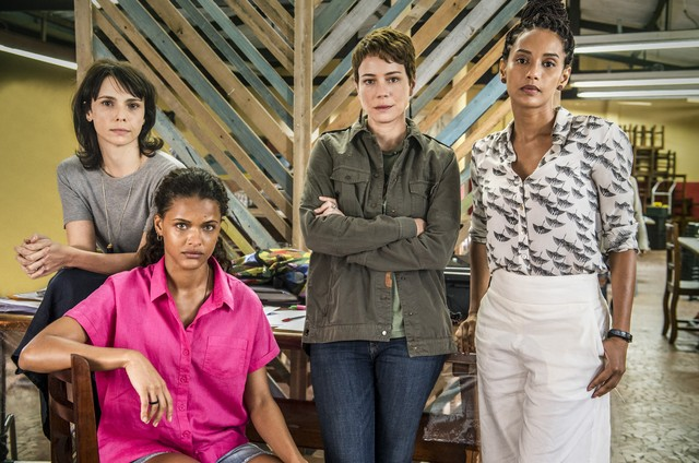 Thainá Duarte, Taís Araújo, Debora Falabella e Leandra Leal em Araunas da Globo
