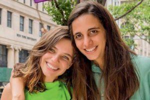 Bruna Linzmeyer e Priscila Fiszman foram capa da revista Glamour (Foto: Reprodução)