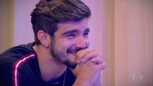 Caio Castro contou com lavação de roupa suja no palco do Tamanho Família da Globo