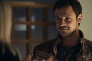 Chiclete (Sergio Guizé) ficará frustrado em A Dona do Pedaço da Globo