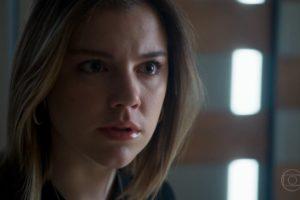Dalila (Alice Wegmann) ficará de cara no chão quando for descoberta em Órfãos da Terra da Globo