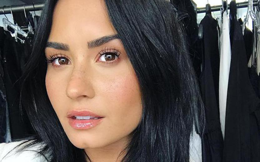 A cantora Demi Lovato enfrentou recentemente uma overdose (Foto: Reprodução)