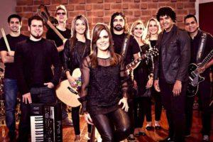 O grupo Diante do Trono liderado por Ana Paula Valadão. Foto: Reprodução