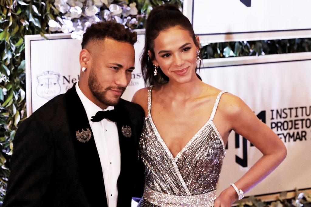 Bruna Marquezine ao lado do ex-namorado, Neymar Jr (Foto: REUTERS/Nacho Doce)
