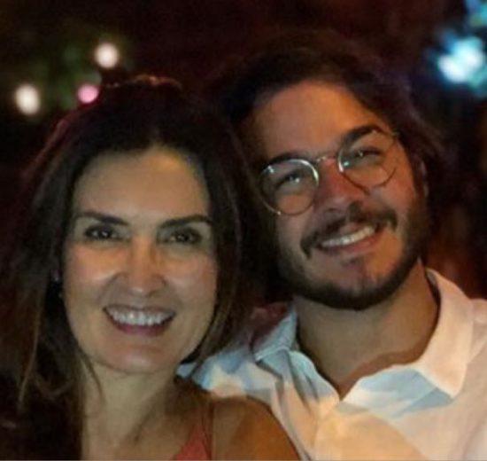 A apresentadora do Encontro da Globo, Fátima Bernardes com seu namorado Túlio Gadelha (Imagem/ Instagram)