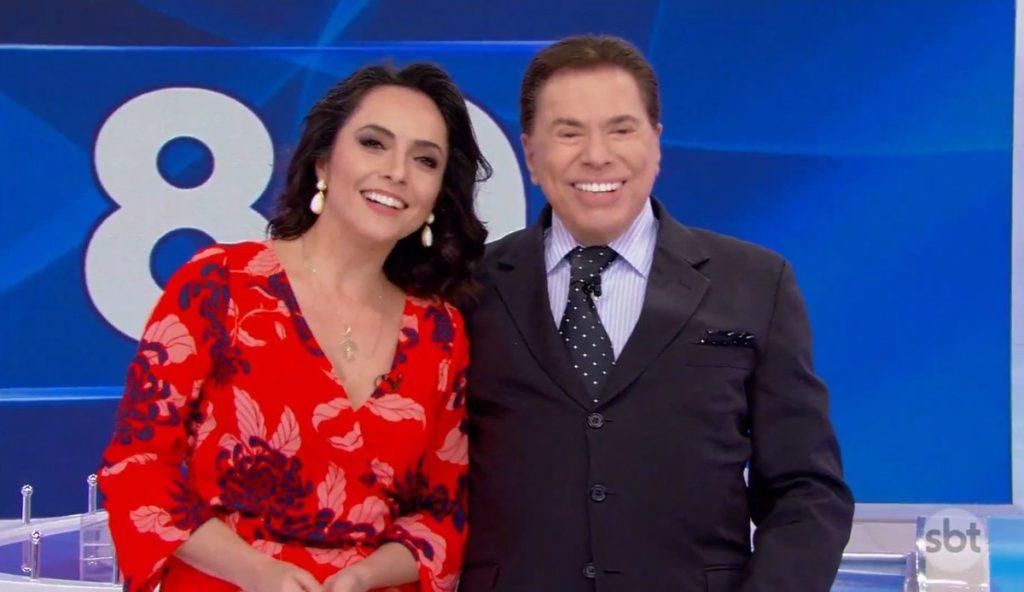 Izabella Camargo se oferece para trabalhar no SBT durante o Programa Silvio Santos (Foto: Reprodução)