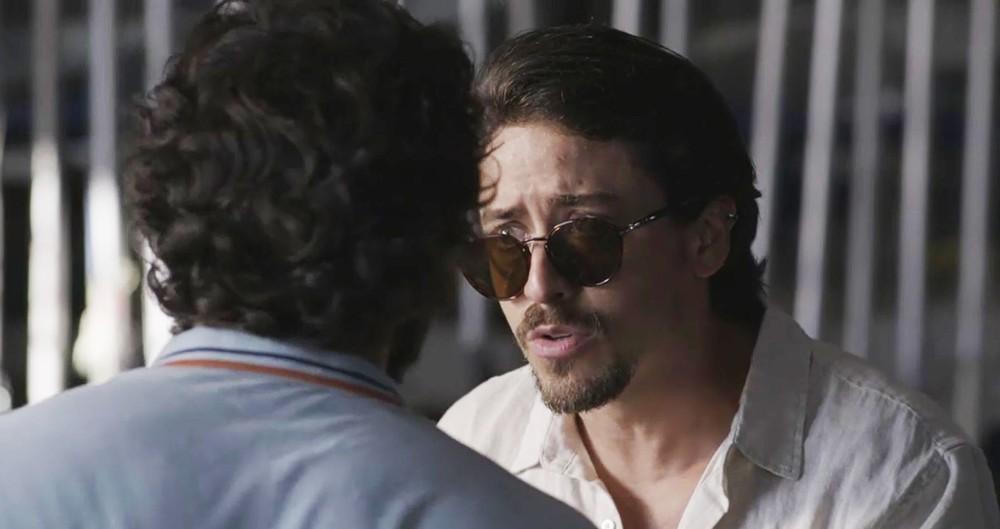 Jerônimo (Jesuíta Barbosa) convencerá o malandro a dar o troco na família Ferreira Lima em Verão 90 da Globo