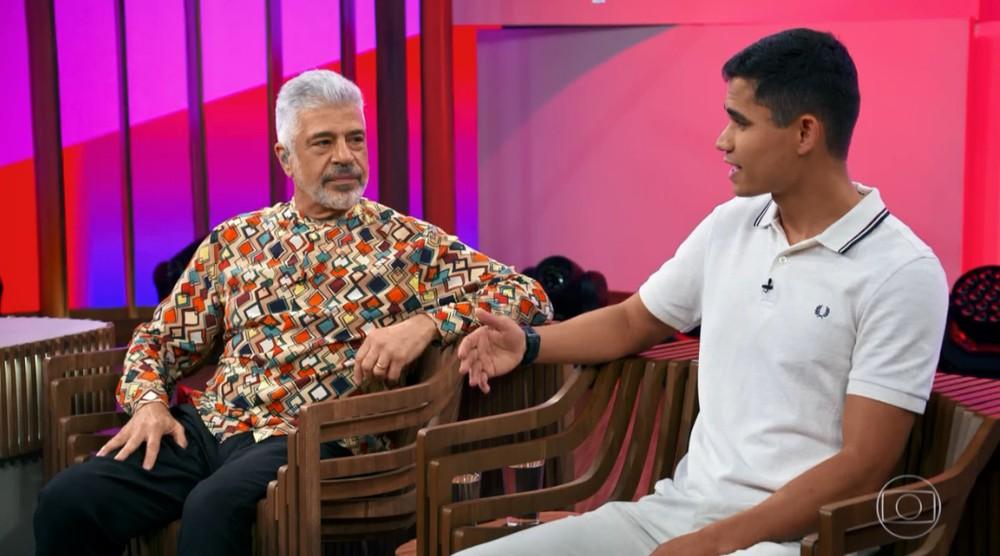 Lulu Santos e Clebson durante o Conversa com Bial (Foto: Divulgação)