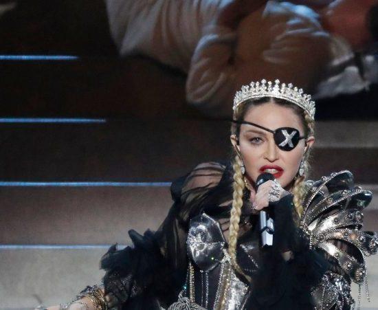 Madonna vem conquistando o público com seu novo álbum (Foto: Reprodução)