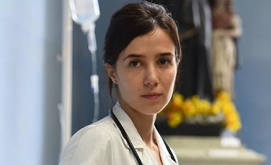 Marjorie Estiano vive médica no seriado Sob Pressão (Foto: Reprodução)