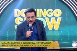 O apresentador da Record, Geraldo Luis comandou o Domingo Show na tarde deste domingo (Foto: Reprodução)