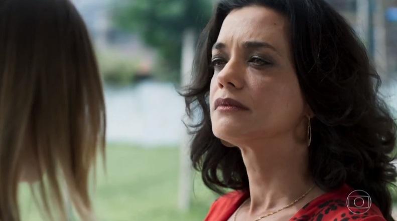 Missade (Ana Cecília Costa) em cena na novela Órfãos da Terra da Globo