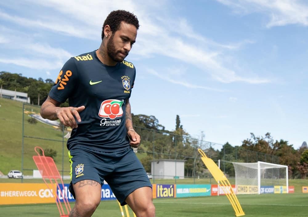 O jogador Neymar está sendo acusado de estupro por uma jovem (Foto: Divulgação)