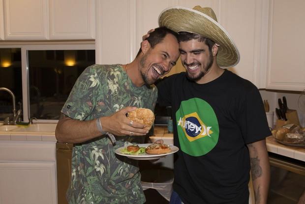Paulo Vilhena e Caio Castro (Foto: Reprodução)