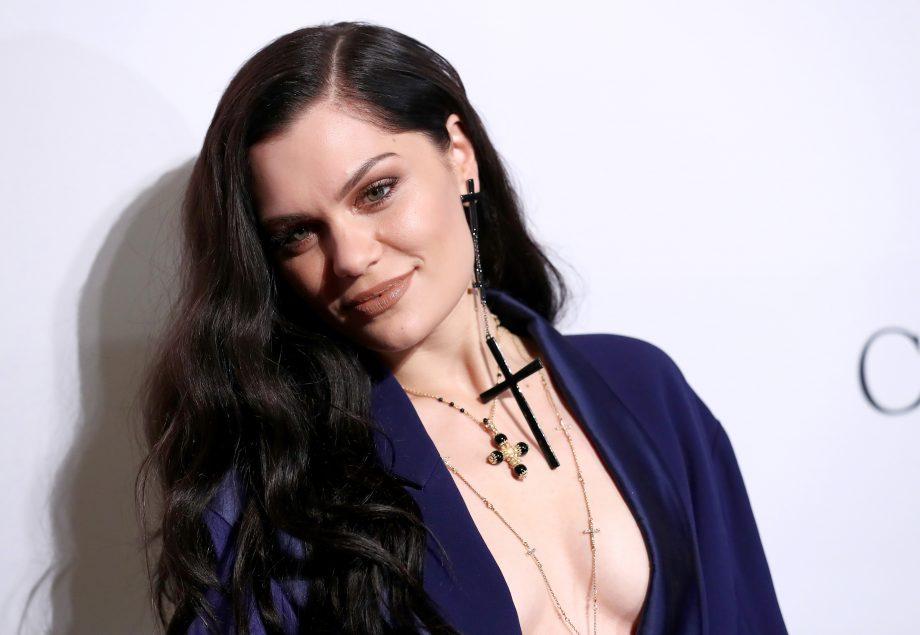 A cantora Jessie J pediu para os fãs pararem de apressar o relacionamento dela (Foto: Reprodução)