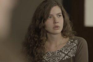 Rita (Alanis Guillen) detesta saber de resultado em Malhação Toda Forma e Amar