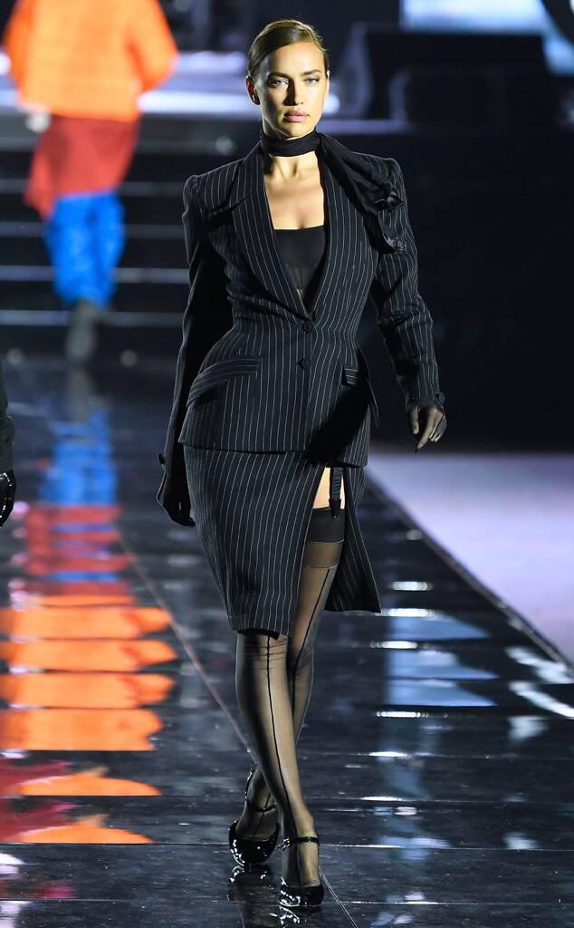 A modelo Irina Shayk voltou as passarelas depois de separação de Bradley Cooper (Foto: Reprodução)