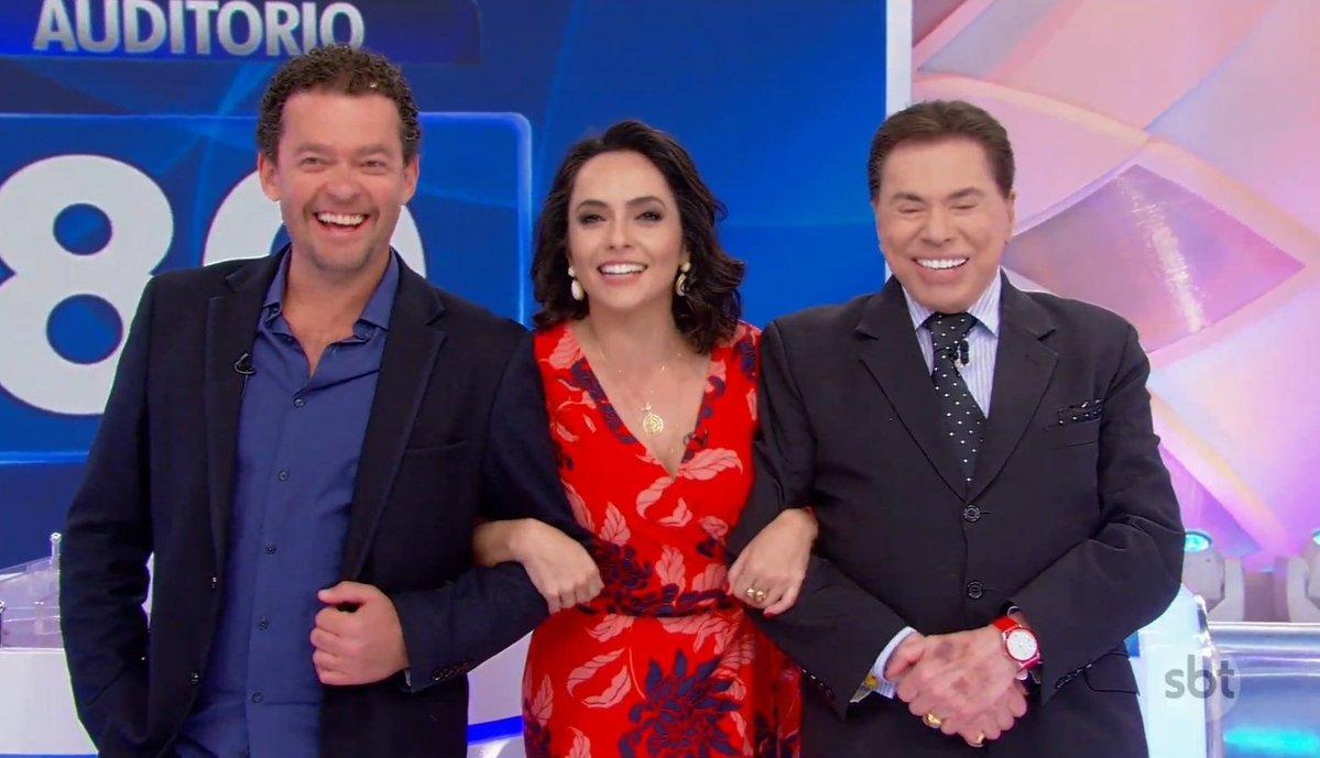 Fernando Rocha, Izabella Camargo e Silvio Santos no SBT (Foto: Reprodução)