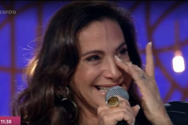 Totia Meireles chora no Encontro (Foto: Reprodução/ Globo) irmã