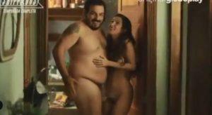 Clarice Falcão e Luis Lobianco apareceram nus em cena de Shippados. (Foto: Reprodução/ Instagram)