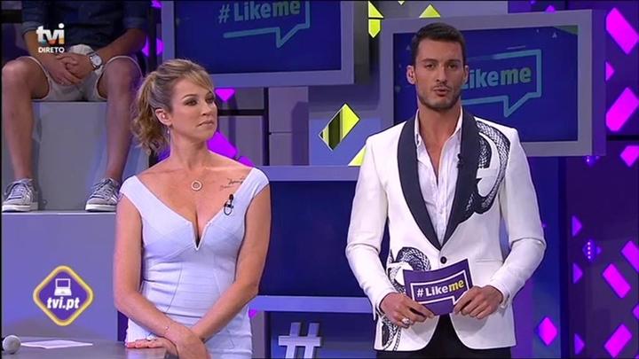Luana Piovani ao lado de Ruben Rua no comando do Like Me. (Foto: Reprodução)